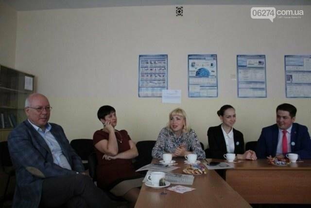 Две школы Бахмута приняли участие в литовско-украинском проекте «На пути к переменам», фото-1