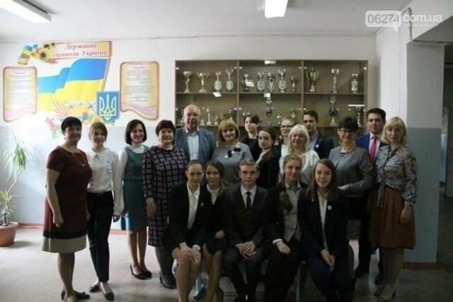 Две школы Бахмута приняли участие в литовско-украинском проекте «На пути к переменам», фото-3