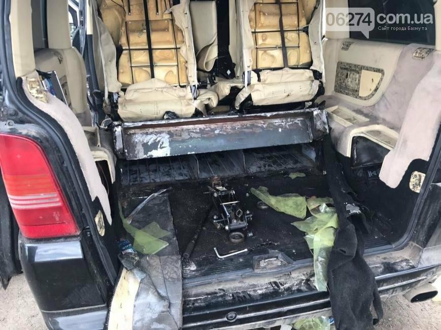 В Бахмутском районе задержали водителя, который вез в тайнике сигареты на 100 тыс. гривен (ВИДЕО), фото-3
