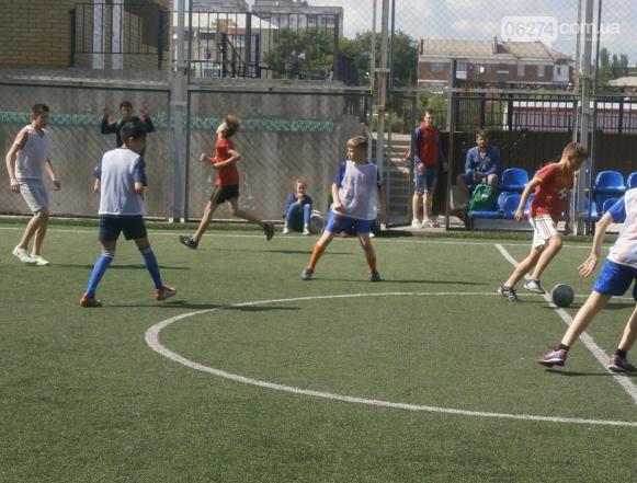 Первенство Бахмута по мини-футболу среди учащихся общеобразовательных школ, фото-1