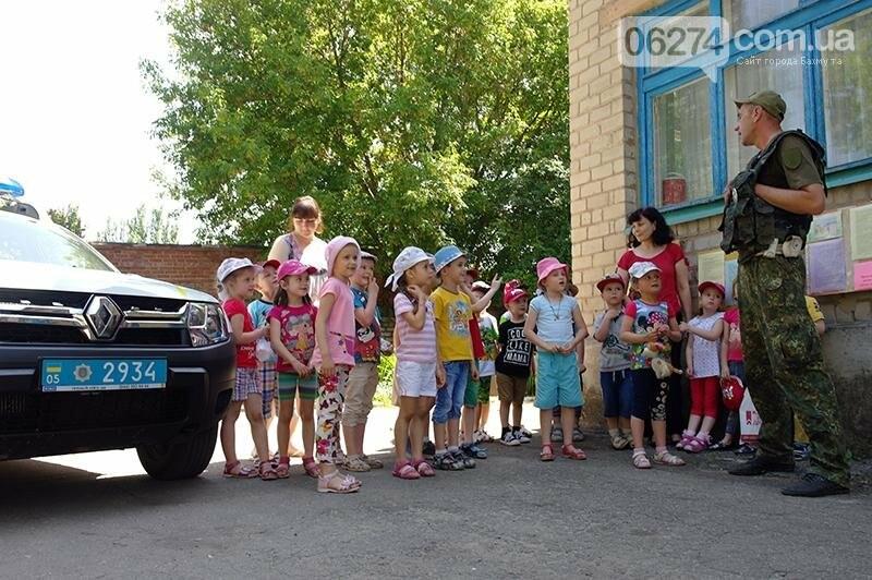 Красный свет – дороги нет: дошкольники Бахмута повторяли ПДД, фото-1