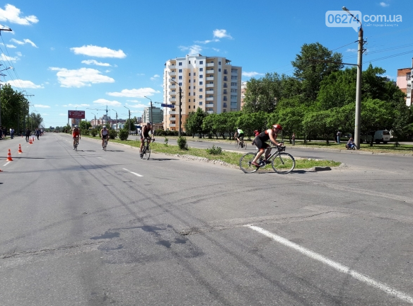 Бахмутчанин успешно выступил во Всеукраинском турнире по триатлону в Полтаве, фото-2