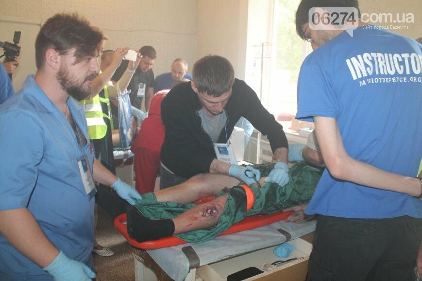 12 «пострадавших школьников» спасали врачи Бахмута после «взрыва» (ФОТО), фото-8