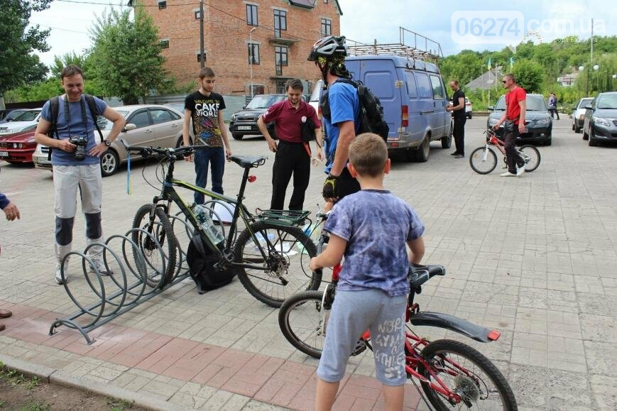 Новые вело-парковки появились в Бахмуте (ФОТО), фото-10
