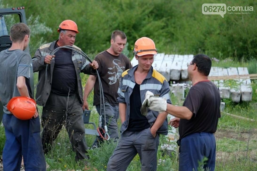 В прифронтовых поселках Бахмутского района решают проблему с электроснабжением (ФОТО), фото-3