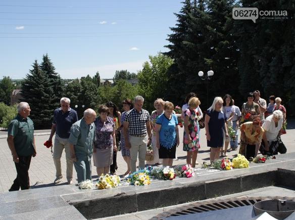 22 июня – День скорби и чествования памяти жертв войны в Украине, фото-5