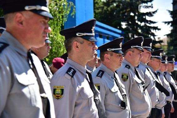 Новые внедорожники глава областной полиции передал в Бахмут и в другие города Донецкой области, фото-1