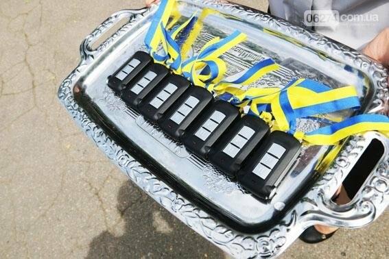 Новые внедорожники глава областной полиции передал в Бахмут и в другие города Донецкой области, фото-3