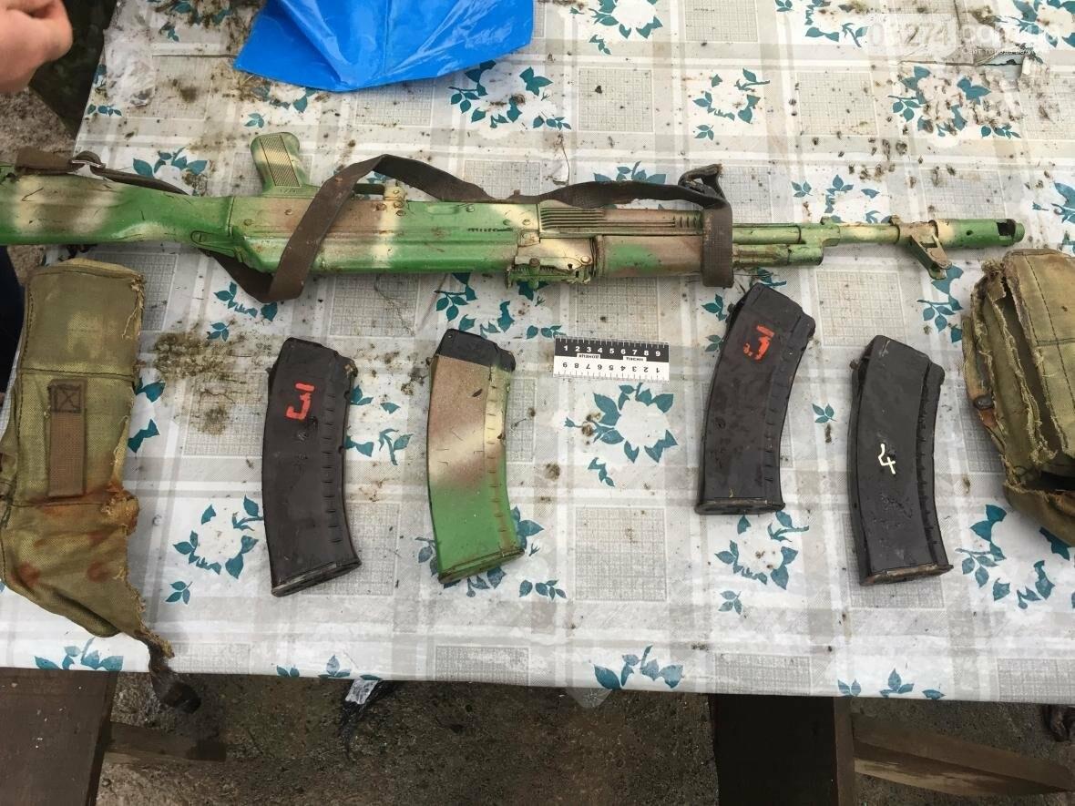 Прокуратура сообщила о подозрении 4 членам вооруженной банды, участвовавших в захвате здания прокуратуры в Бахмуте весной 2014 (ФОТО), фото-5