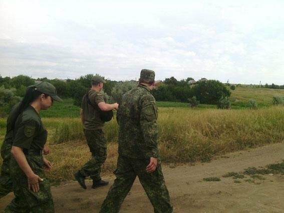 В Константиновке задержан подозреваемый, который незаконно удерживал и развращал 12-летнюю девочку, фото-1