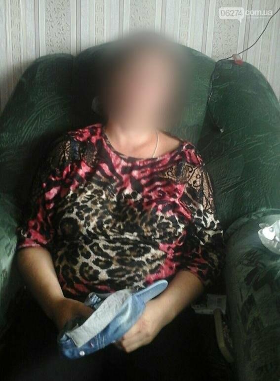 В Соледаре женщина топором нанесла тяжелые травмы головы своему восьмилетнему сыну (ДОБАВЛЕНО ВИДЕО), фото-1