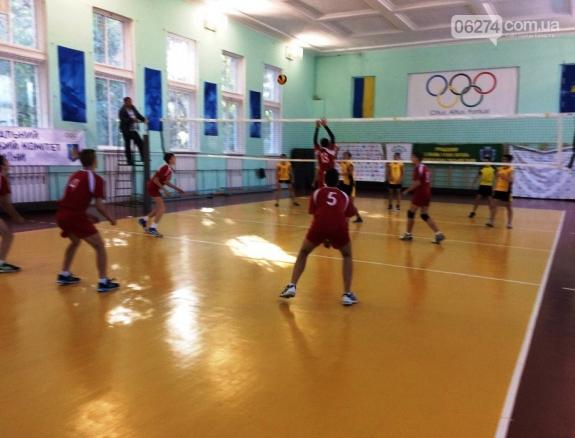 Бахмутские спортсмены достойно представили родной город на турнирах по волейболу, фото-2