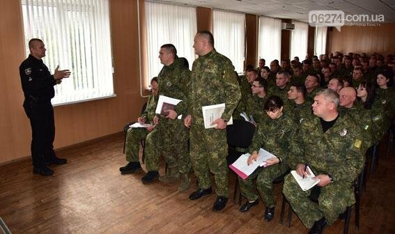 Генерал Семенишин проинспектировал работу Бахмутского отдела полиции, фото-3