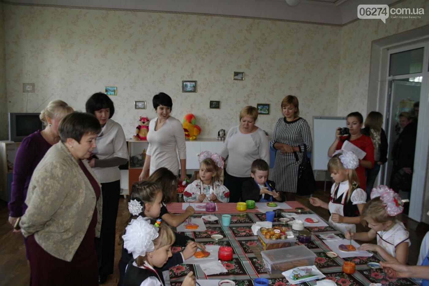 В одной из школ Бахмута появилась современная библиотека, фото-13