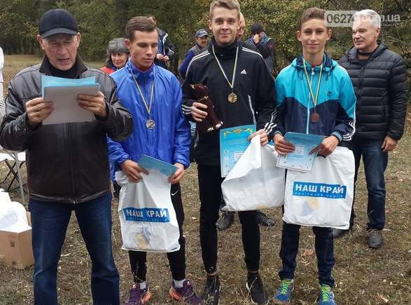 Легкоатлеты Бахмута стали лучшими в области и посоревнуются за чемпионство Украины, фото-6