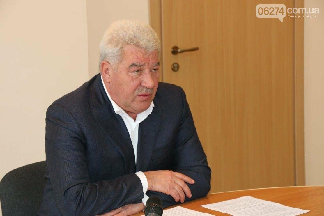 С Днем Защитника Украины военнослужащих поздравил мэр Бахмута, фото-2