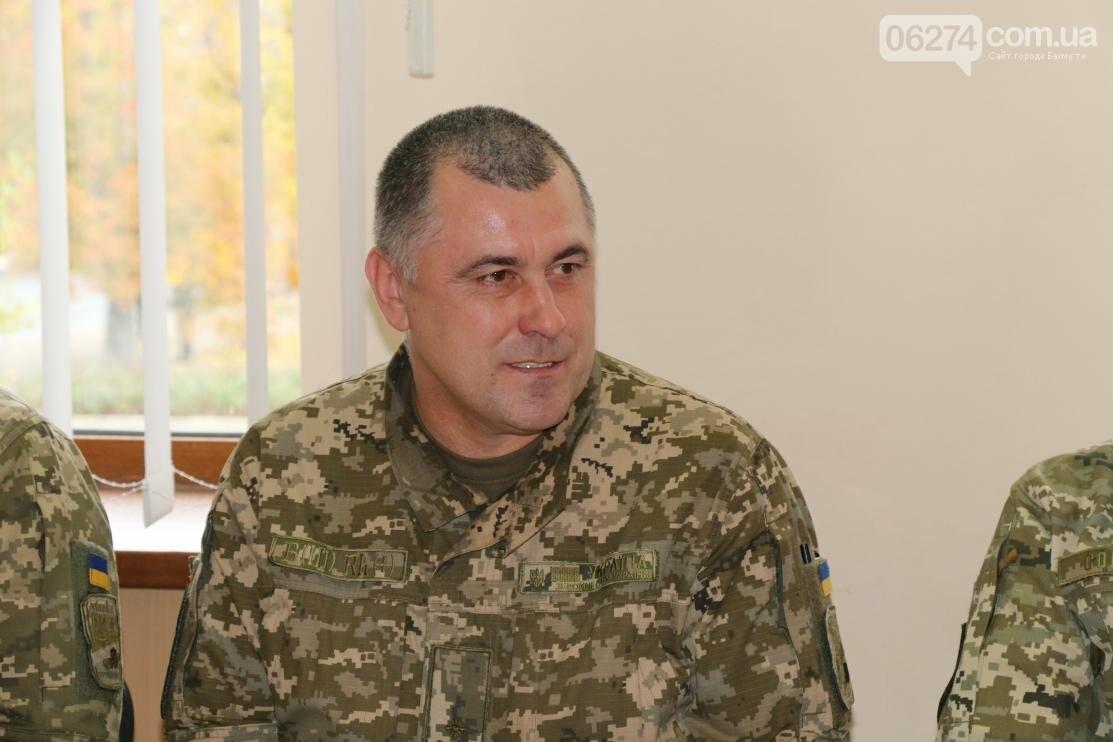 С Днем Защитника Украины военнослужащих поздравил мэр Бахмута, фото-8