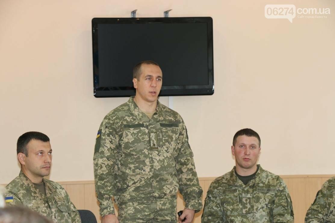С Днем Защитника Украины военнослужащих поздравил мэр Бахмута, фото-6