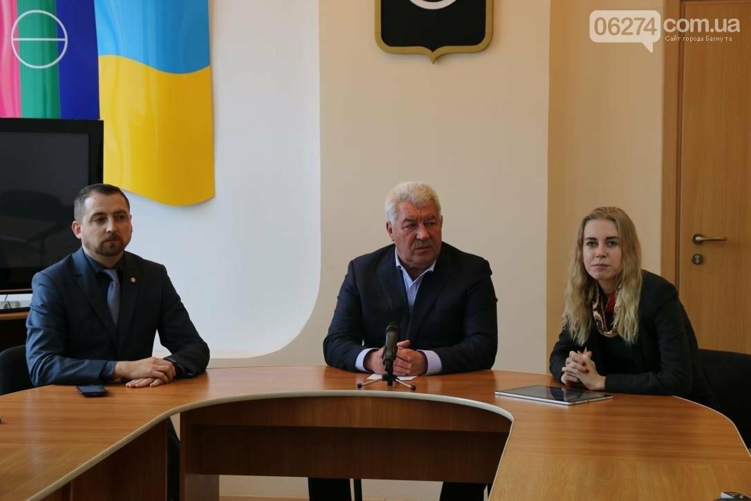 В Бахмуте начался первый этап региональных семинаров в Украине по электронной медицине, фото-7