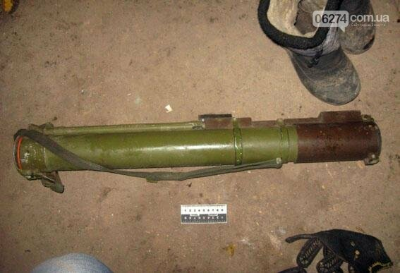 Житель Бахмутского района хранил дома гранатомет «на всякий случай», фото-1