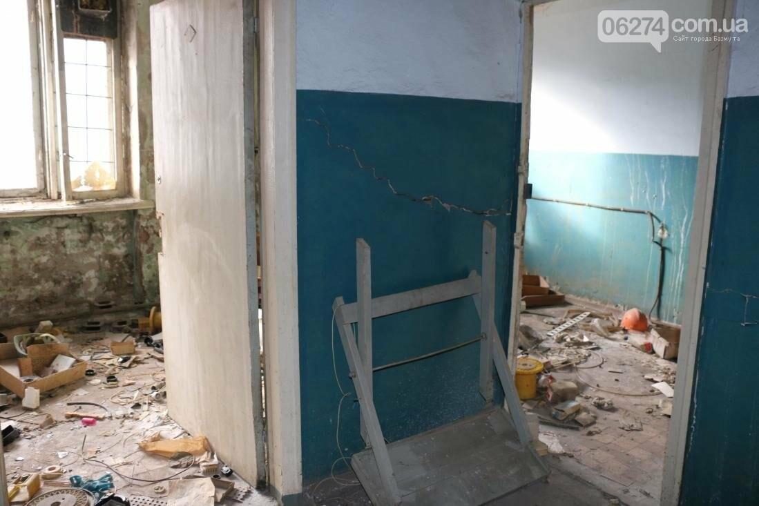 В Бахмуте разворовывают государственное имущество, фото-18