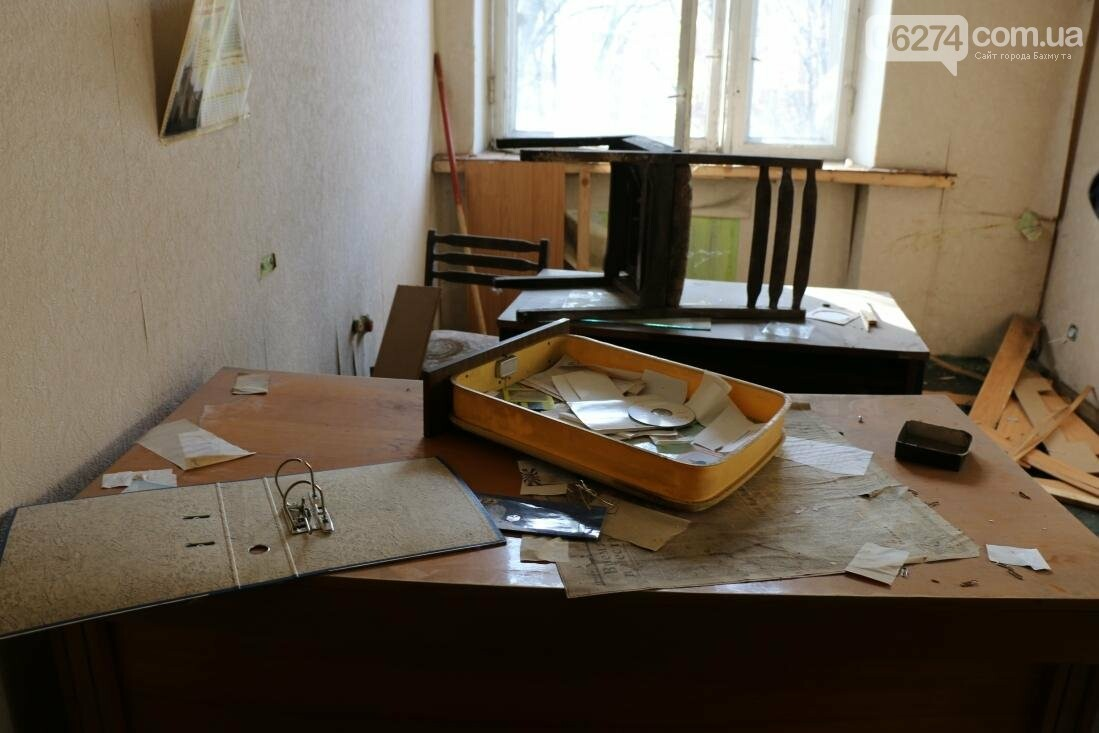 В Бахмуте разворовывают государственное имущество, фото-13
