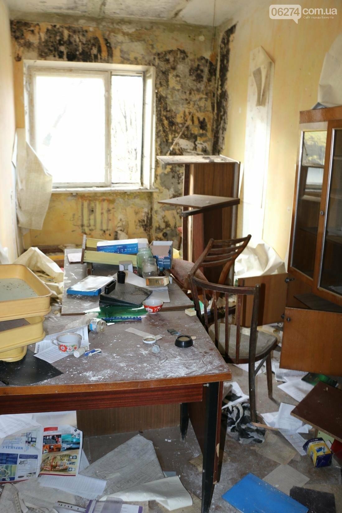 В Бахмуте разворовывают государственное имущество, фото-10