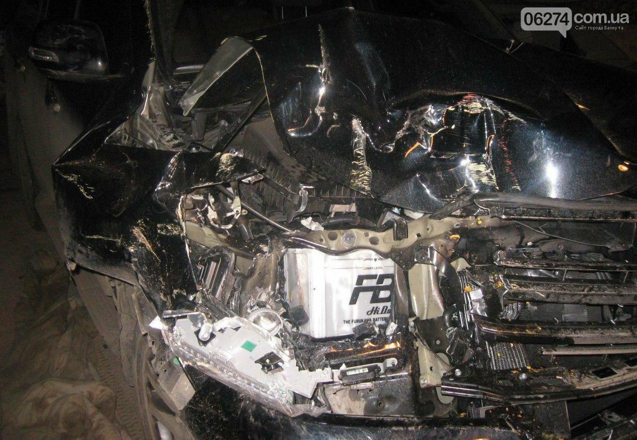 В Бахмуте в ДТП пострадало два человека (ДОПОЛНЕНО), фото-1