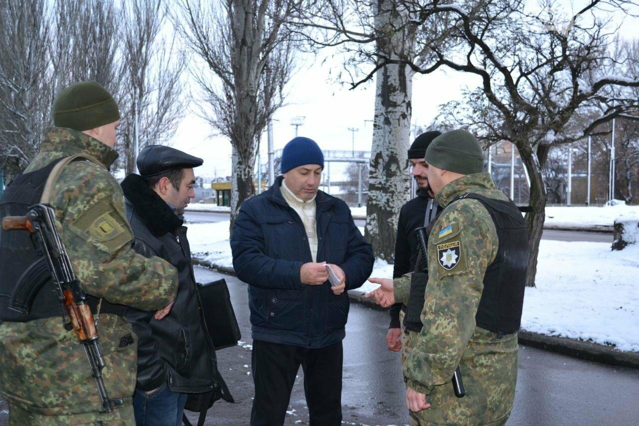 На выходных порядок горожан обеспечивала полиция совместно с общественниками, фото-4