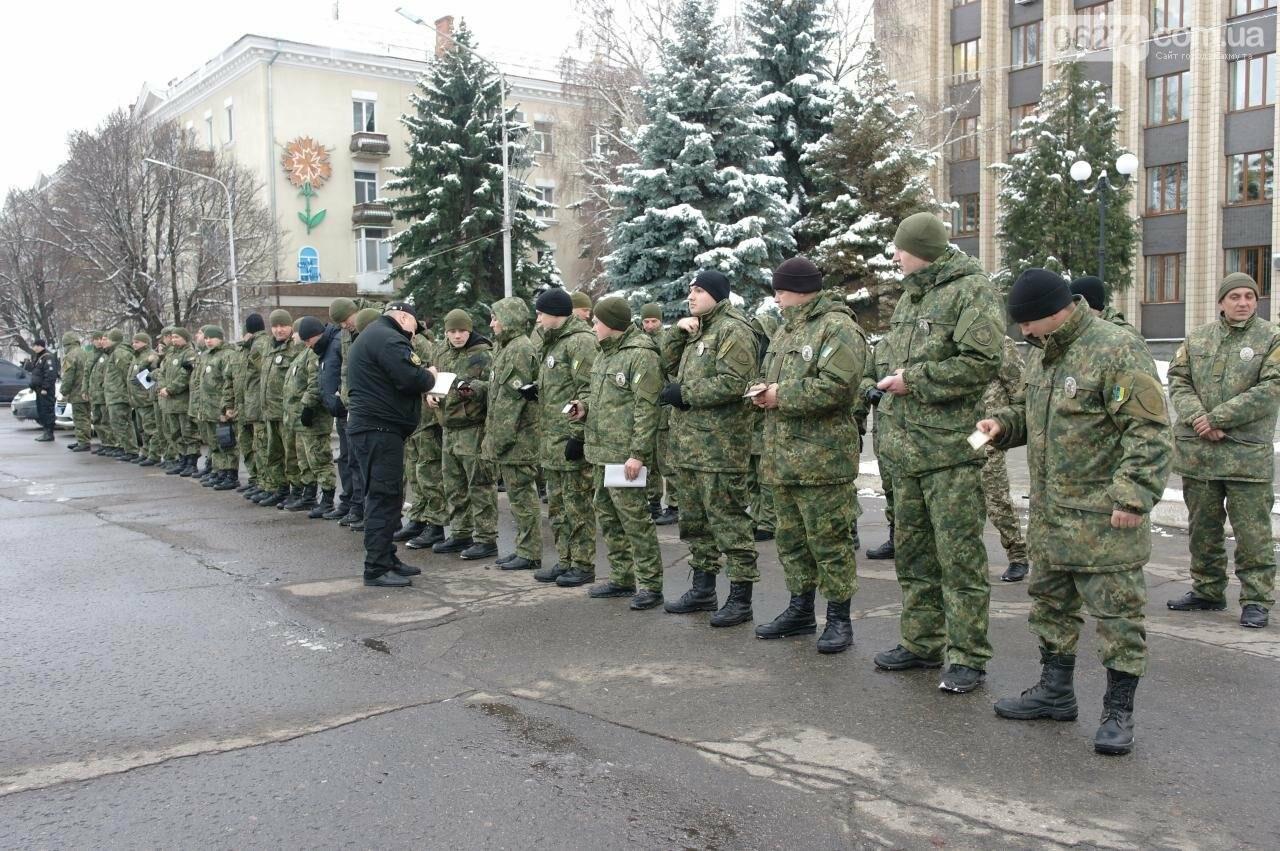 На выходных порядок горожан обеспечивала полиция совместно с общественниками, фото-3