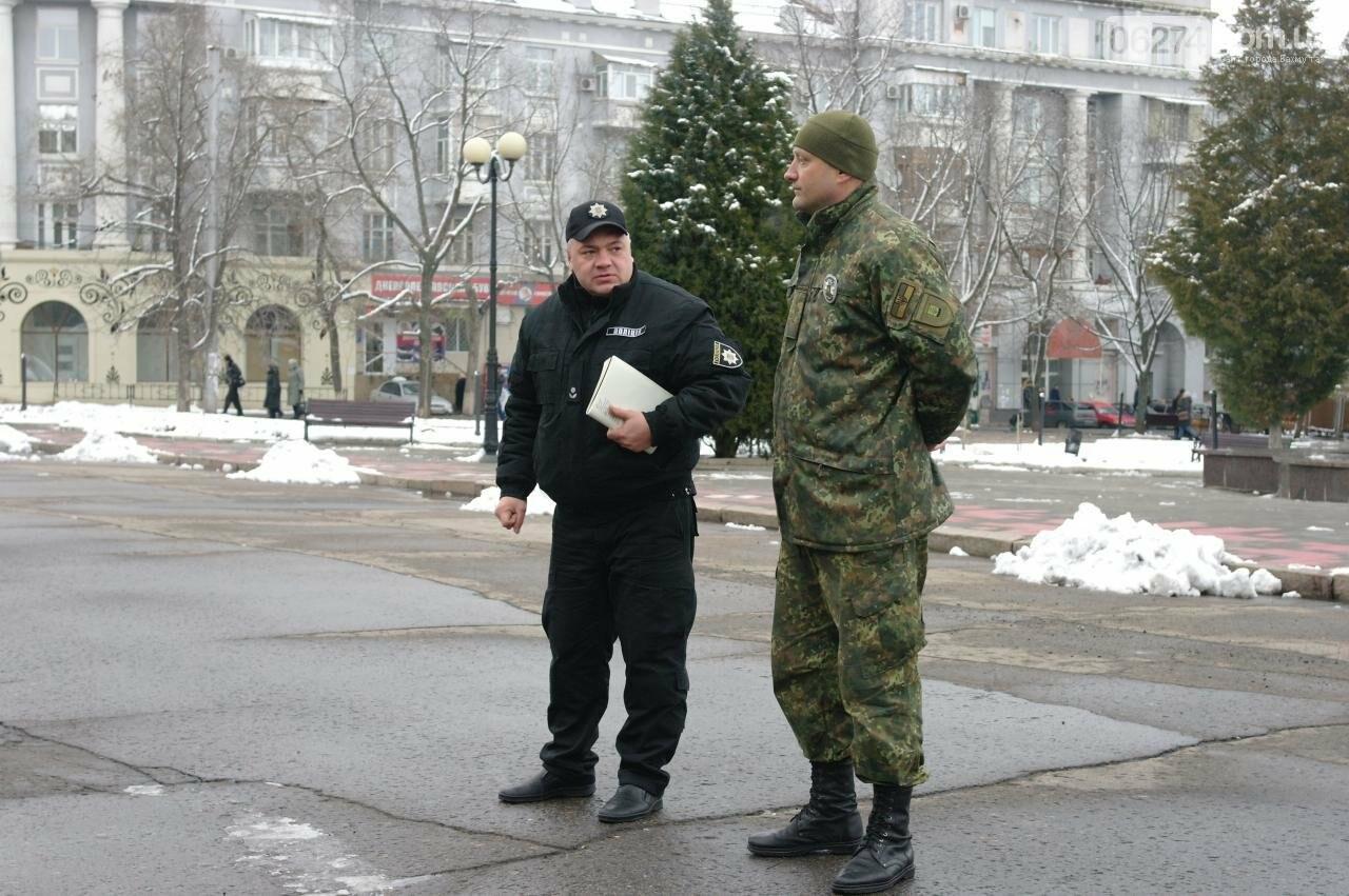 На выходных порядок горожан обеспечивала полиция совместно с общественниками, фото-2