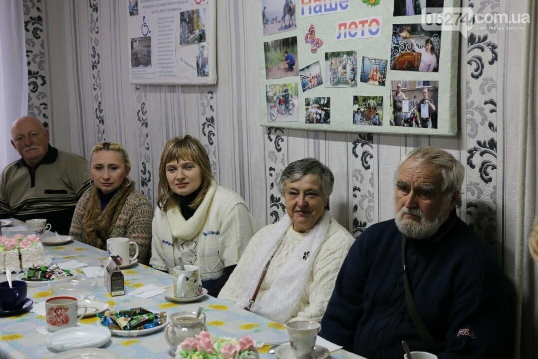 Люди с ограниченными возможностями поделились наболевшим с мэром Бахмута, фото-12