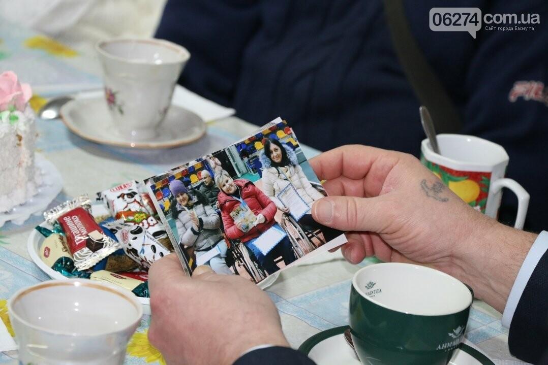 Люди с ограниченными возможностями поделились наболевшим с мэром Бахмута, фото-11
