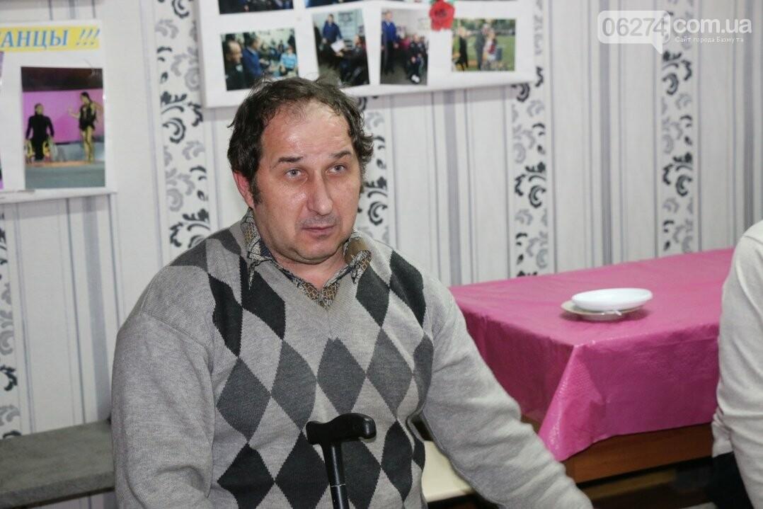 Люди с ограниченными возможностями поделились наболевшим с мэром Бахмута, фото-8