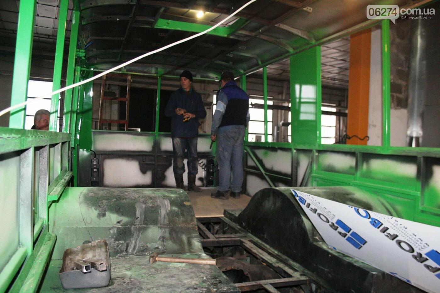 В Часовом Яре проходят работы по капитальному ремонту троллейбуса для Бахмута (ФОТО), фото-4