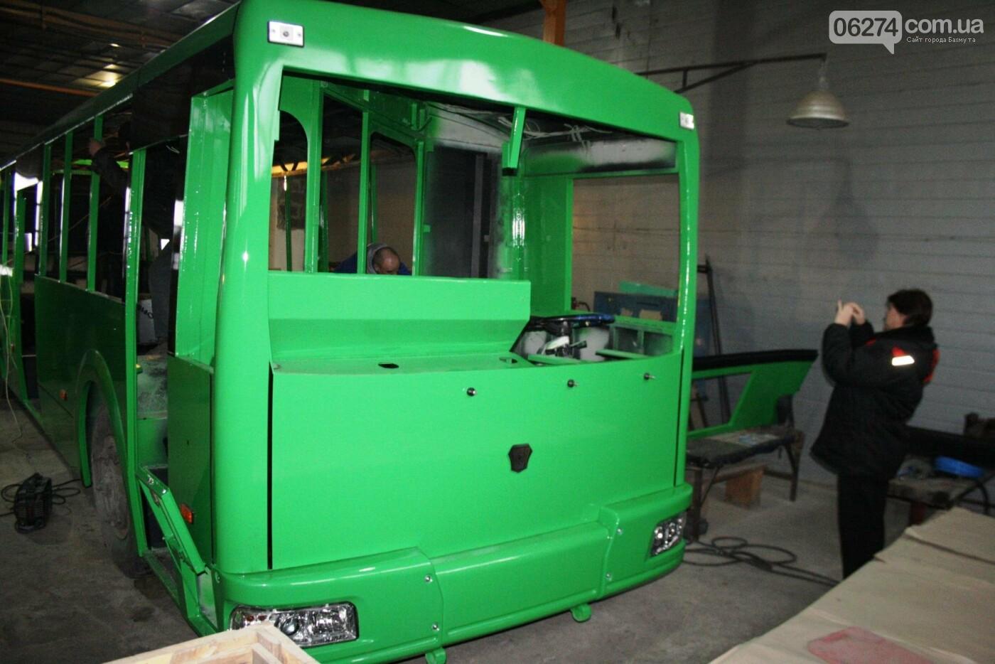 В Часовом Яре проходят работы по капитальному ремонту троллейбуса для Бахмута (ФОТО), фото-3
