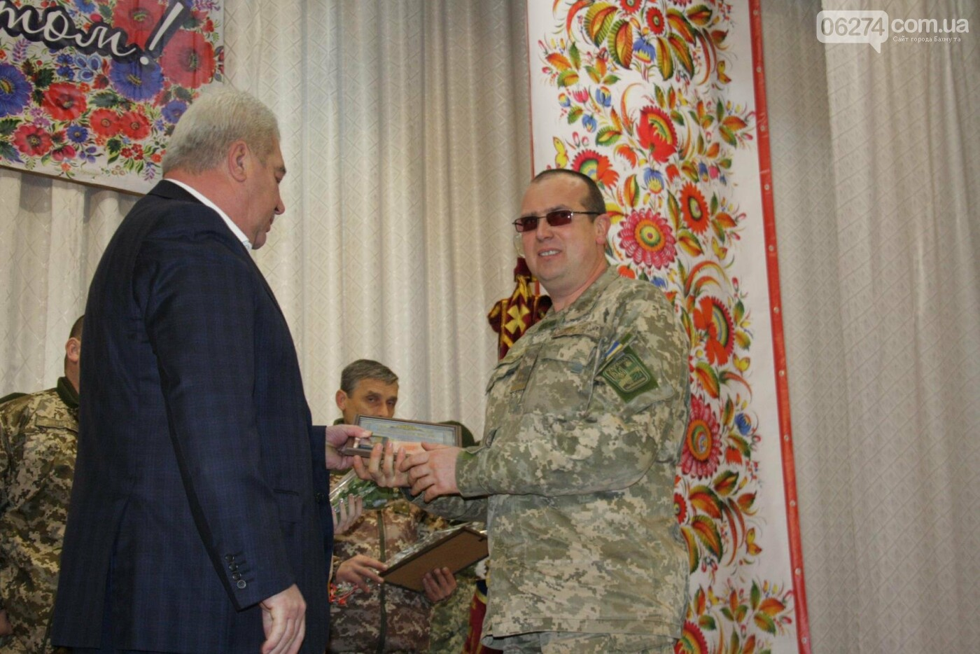 В Бахмуте поздравили военнослужащих с Днем ВСУ, фото-8