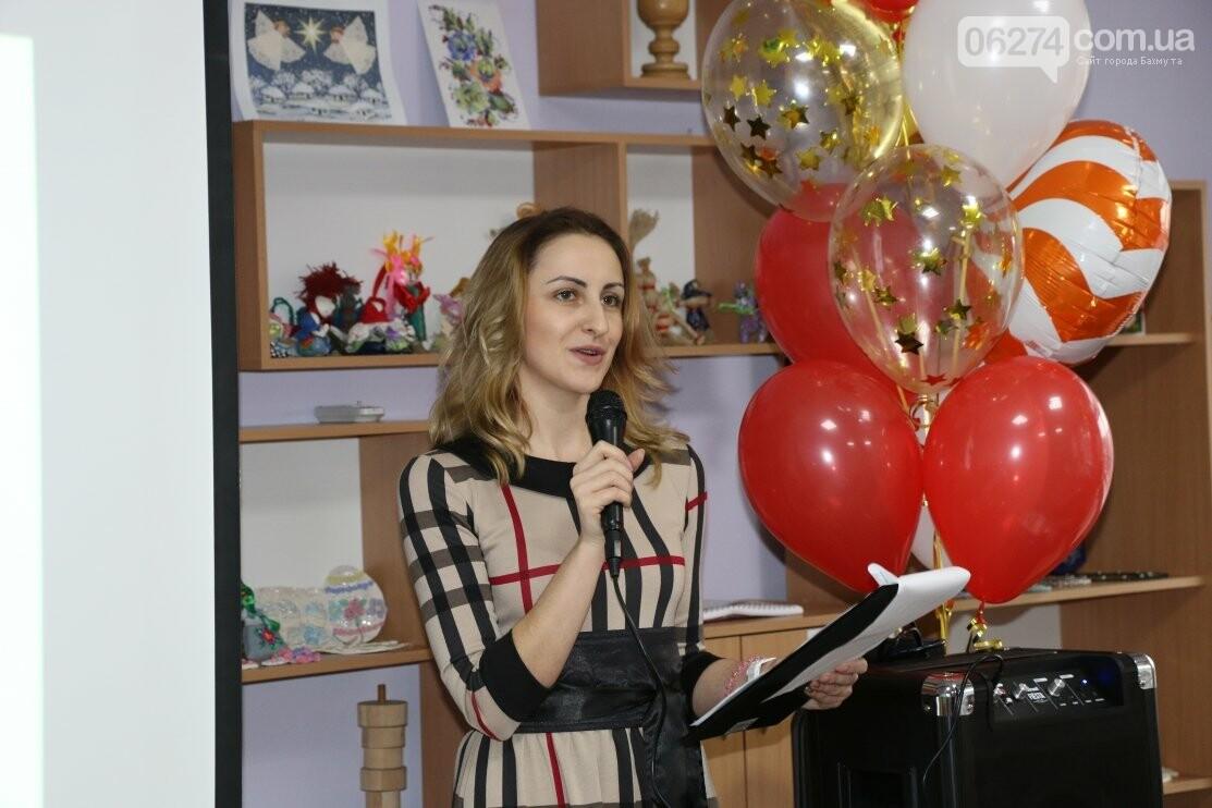 В Бахмуте открыли современный швейный кружок для детей «Перлинка», фото-1