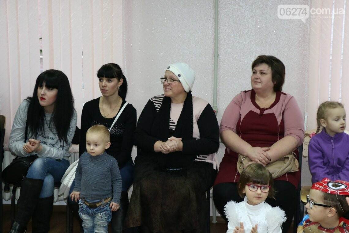 Особенных детей Бахмута поздравили с Новогодними и Рождественскими праздниками, фото-7