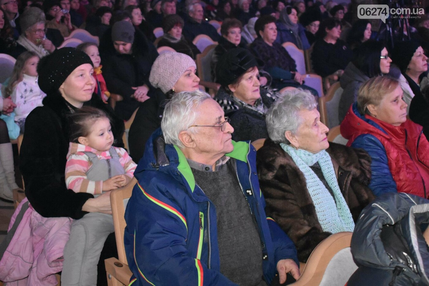 В Бахмуте прошел региональный фестиваль «Рождественские песнопения», фото-12