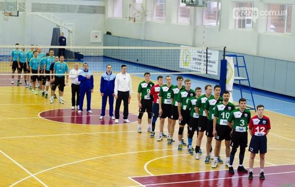 Волейбольный клуб «Бахмут-ШВСМ» победно начал 2018 год, фото-1
