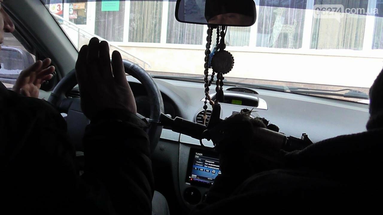 Полицейские Бахмута провели спецоперацию по освобождению заложников и задержанию преступников, фото-2