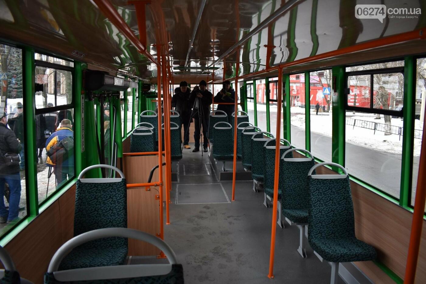 В Бахмуте презентовали очередной троллейбус после капремонта, фото-4