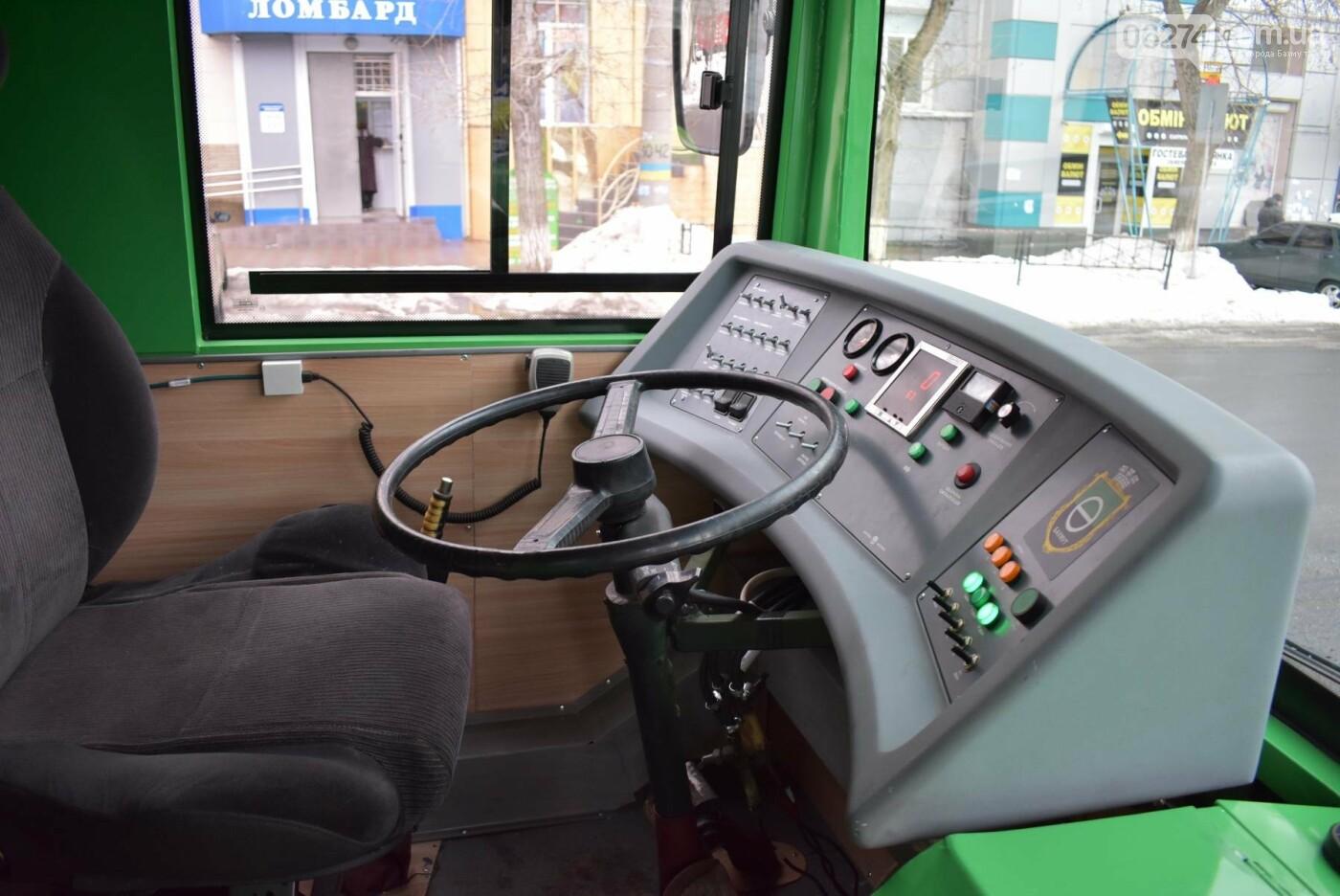 В Бахмуте презентовали очередной троллейбус после капремонта, фото-8