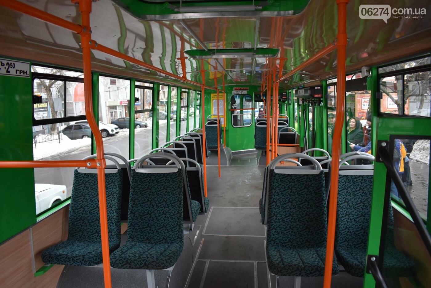 В Бахмуте презентовали очередной троллейбус после капремонта, фото-5