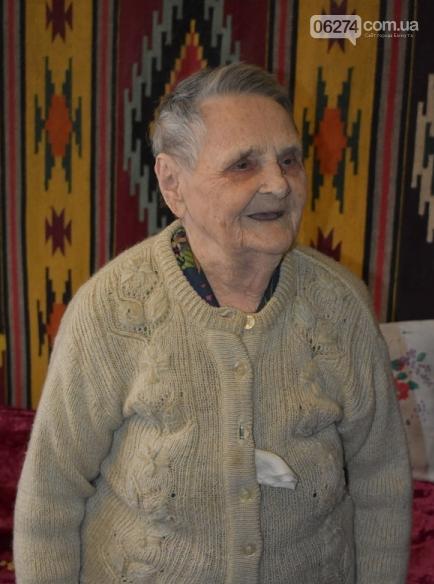 В Бахмуте поздравили участницу Сталинградской битвы, фото-3