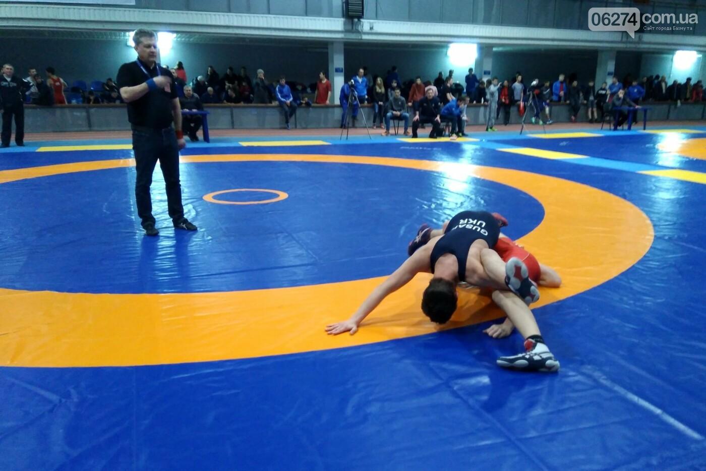 Областные соревнования по вольной борьбе в Бахмуте стали репетицией Чемпионата Украины, фото-1