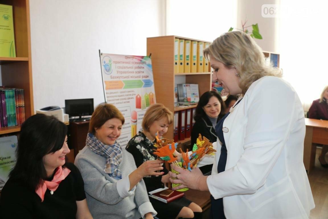 В Бахмуте открыли обновленный Центр психологической поддержки детей и их семей, фото-14