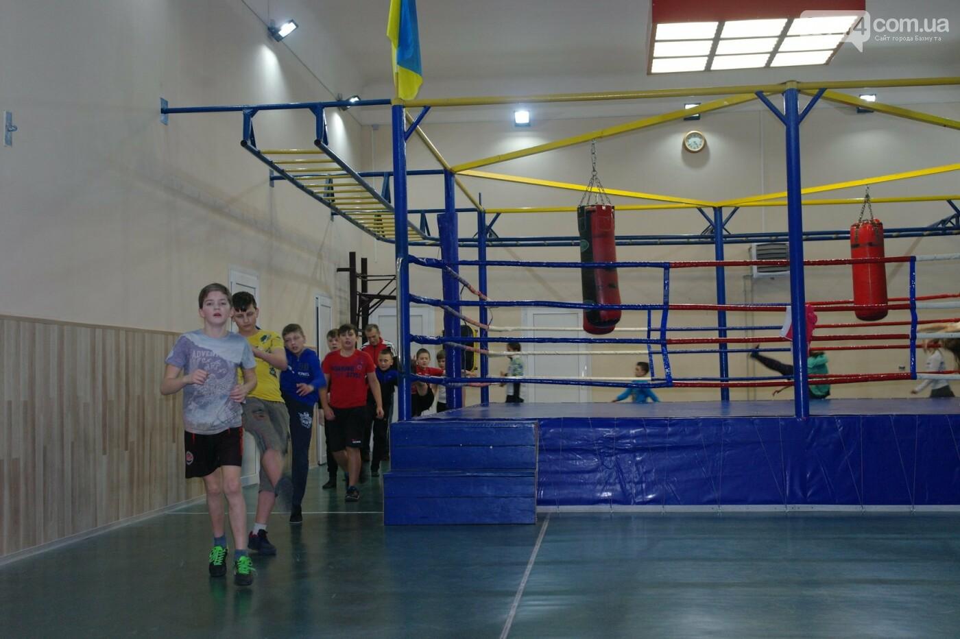 Одна из родительниц спортсменки рассказала о том, что происходит в спортзале секции по кикбоксингу, фото-3