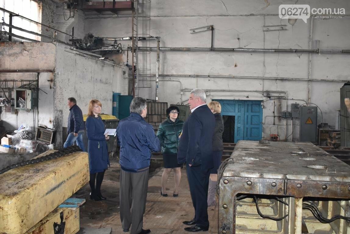 Новое предприятие и ремонт общежития – Бахмутский городской голова провел выездное рабочее совещание, фото-8